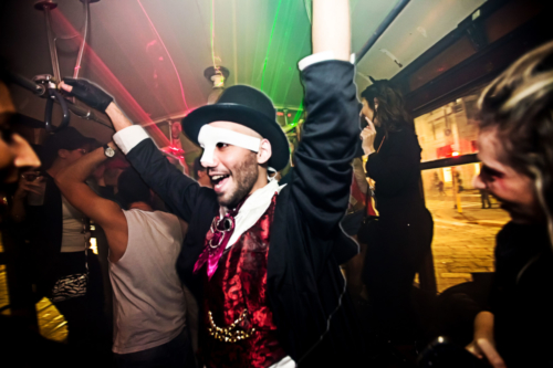 party-in-tram-milano-festa-privata